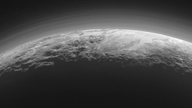 W jaki sposób naukowcy wykorzystują datowanie względne do badania historii geologicznej innych planet